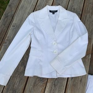 White suit womens sz 4 blazer and pants set